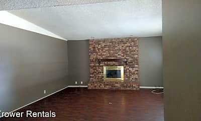 Living Room, 4130 Lynbrook Ave, 1
