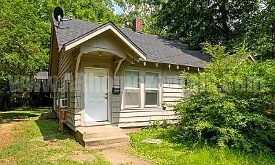 Building, 1114 N Ash St, 2
