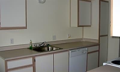 Aaron Ridge Apartments, 1