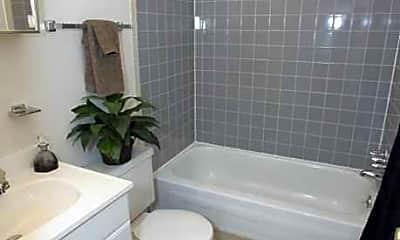 Bathroom, AZ Management-Woodmere/Beachwood, 2