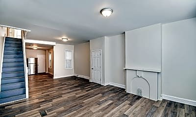 Bedroom, 2931 W Susquehanna Ave, 1