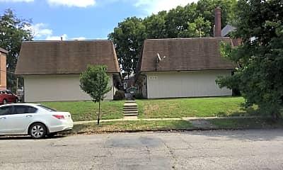 Building, 1372 Forsythe Ave, 0