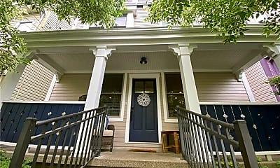 Building, 706 Ivy St, 1