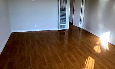 Living Room, 2456 Karen Dr, 1