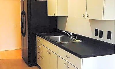 Kitchen, 40146 Leslie St, 1