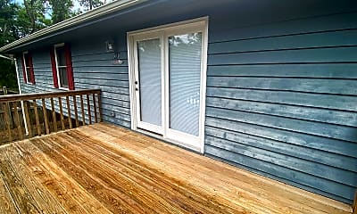 Patio / Deck, 410 Lee Ave, 1