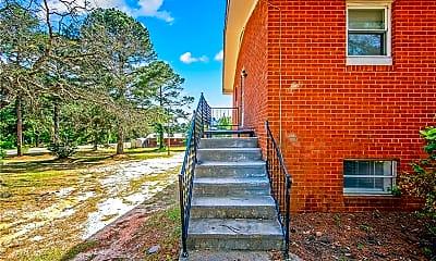 Building, 4305 Rosehill Rd B, 2
