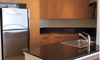 Kitchen, 1021 N Garfield St 744, 0