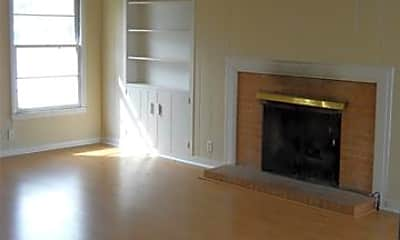 Living Room, 1833 Sayles Blvd, 1