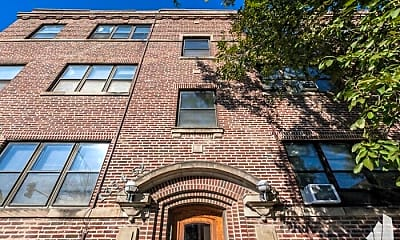 Building, 5200 N Wayne Ave, 1