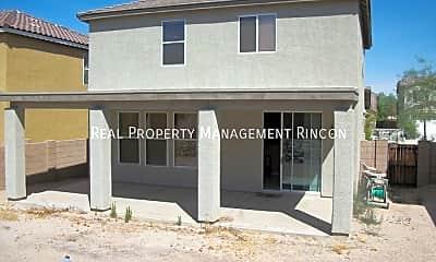 Building, 4691 W Lindenthal Ln, 1