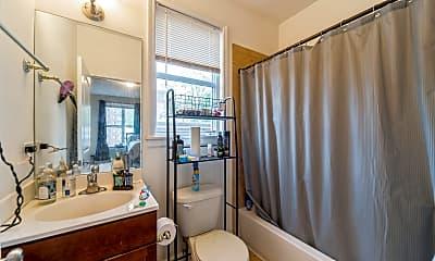 Bathroom, 170 N Marion St 12, 2