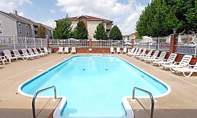 Pool, The Carlyle Apartment Homes, 1