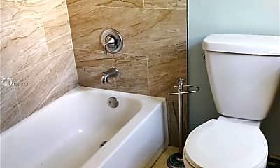 Bathroom, 6767 Indian Creek Dr 2B, 2