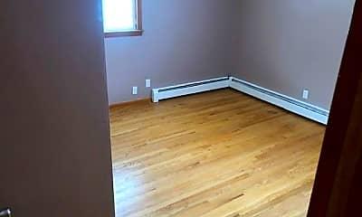 Bedroom, 518 Fairview Blvd, 2