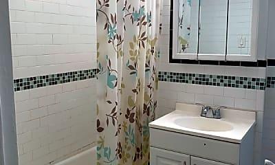 Bathroom, 225 W 24th St, 2
