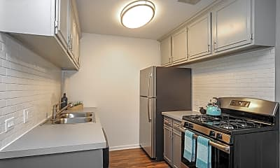 Kitchen, The Preserve at Woodfield, 0