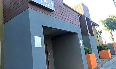 7423 Lankershim Apartments, 0