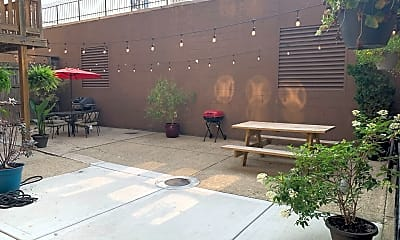 Patio / Deck, 6060 W Fullerton Ave, 2