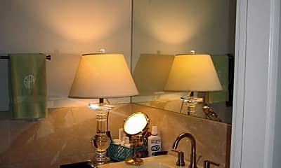 Bathroom, 83 W Market St, 2