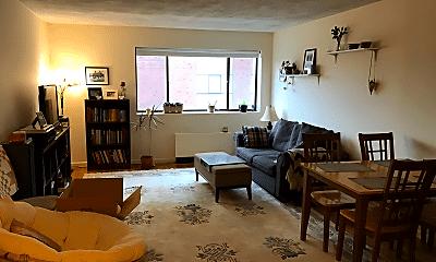 Living Room, 40 Williams St, 0