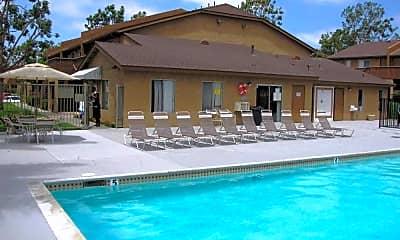 Ocean Breeze Apartments, 1