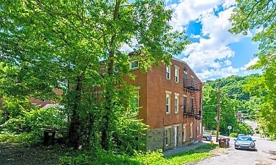 Building, 1646 Pulte St, 1
