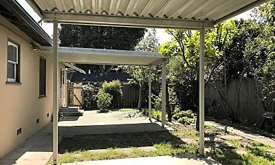 Patio / Deck, 101 Finger Ave, 2