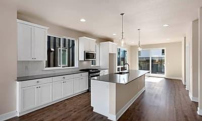 Kitchen, 17321 SW Goldcrest Ln, 1