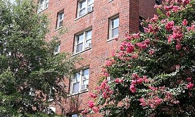 The Shoremeade Apartments, 0
