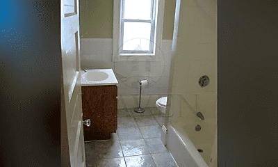 Bathroom, 2 Marion St, 1