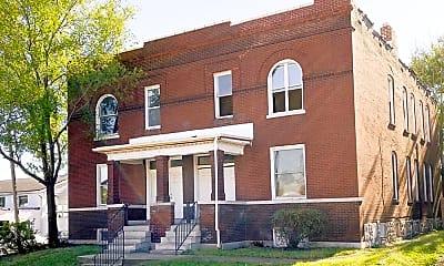 Building, 8102 S Broadway, 2