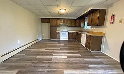 Kitchen, 26 Larch Ln, 2