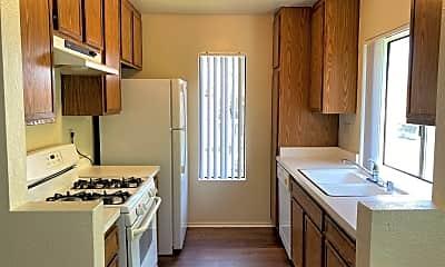 Kitchen, 8387 Capricorn Way, 1