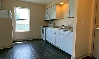 Kitchen, 410 Melody Ln, 1