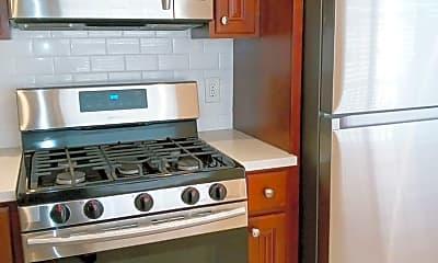 Kitchen, 721 Rollins Rd, 1