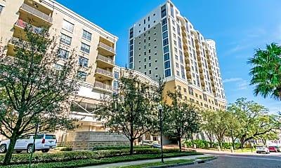 Building, 275 Bayshore Blvd 807, 1