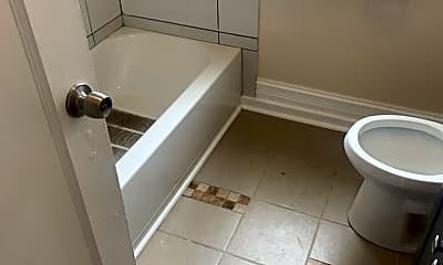 Bathroom, 7836 S Champlain Ave 2, 2
