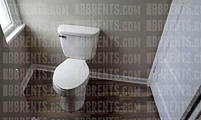 Bathroom, 215 S Hedges St, 2