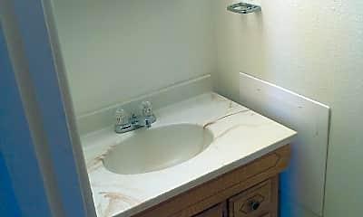 Bathroom, 1912 Treadway Trail, 1