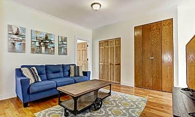 Living Room, 243 Montgomery St 3, 0
