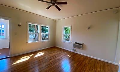 Living Room, 1603 N Harvard Blvd, 1
