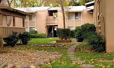 Woodland Oaks Apartments, 1