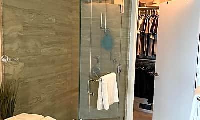 Bathroom, 2900 NE 7th Ave 908, 1