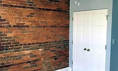 Bathroom, 1529 Union Ave, 2