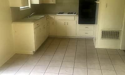 Kitchen, 3306 Valley View Dr, 2