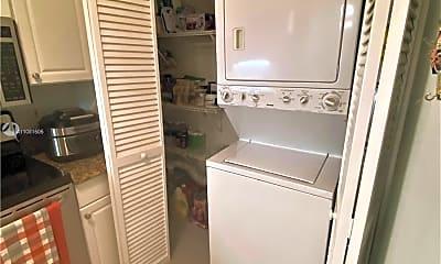 Kitchen, 2721 Ocean Club Blvd 304, 2