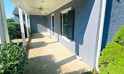 Building, 87 E Shirley Ave, 1