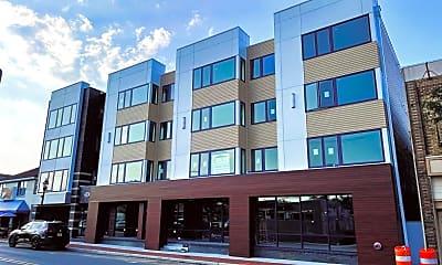 Building, 131 Brighton Ave, 1