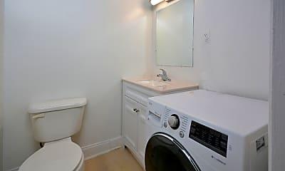Bathroom, 1527 Crest Rd, 0